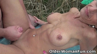 Mommy sucks and copulates outdoors