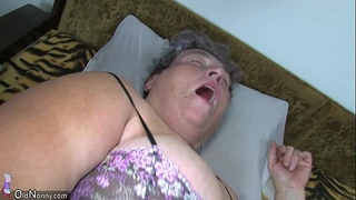 Old corpulent mamma teaches her overweight younger woman masturbating use sex tool