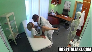 Blonde vixen receives licked and screwed by h nurse receives doctors full attention 720 4