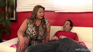 Big titty bbw miss lingling rides a ramrod